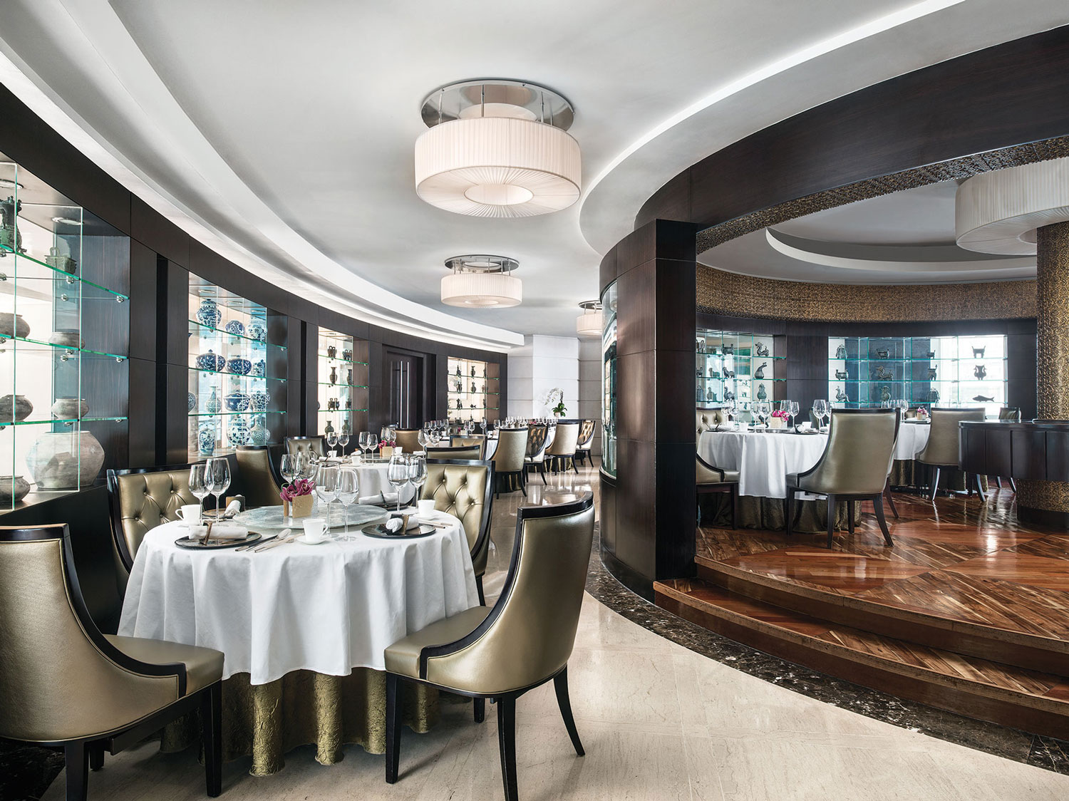 Ming Court: Michelin-Starred Fine Dining Cantonese Cuisine