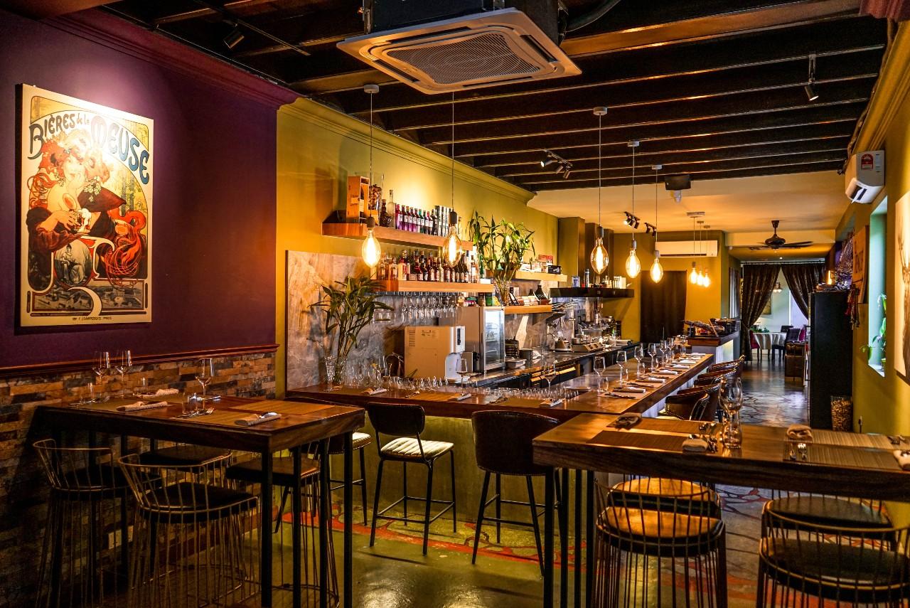 Le Venue Restaurant: Mediterranean Progressive Casual Cuisine