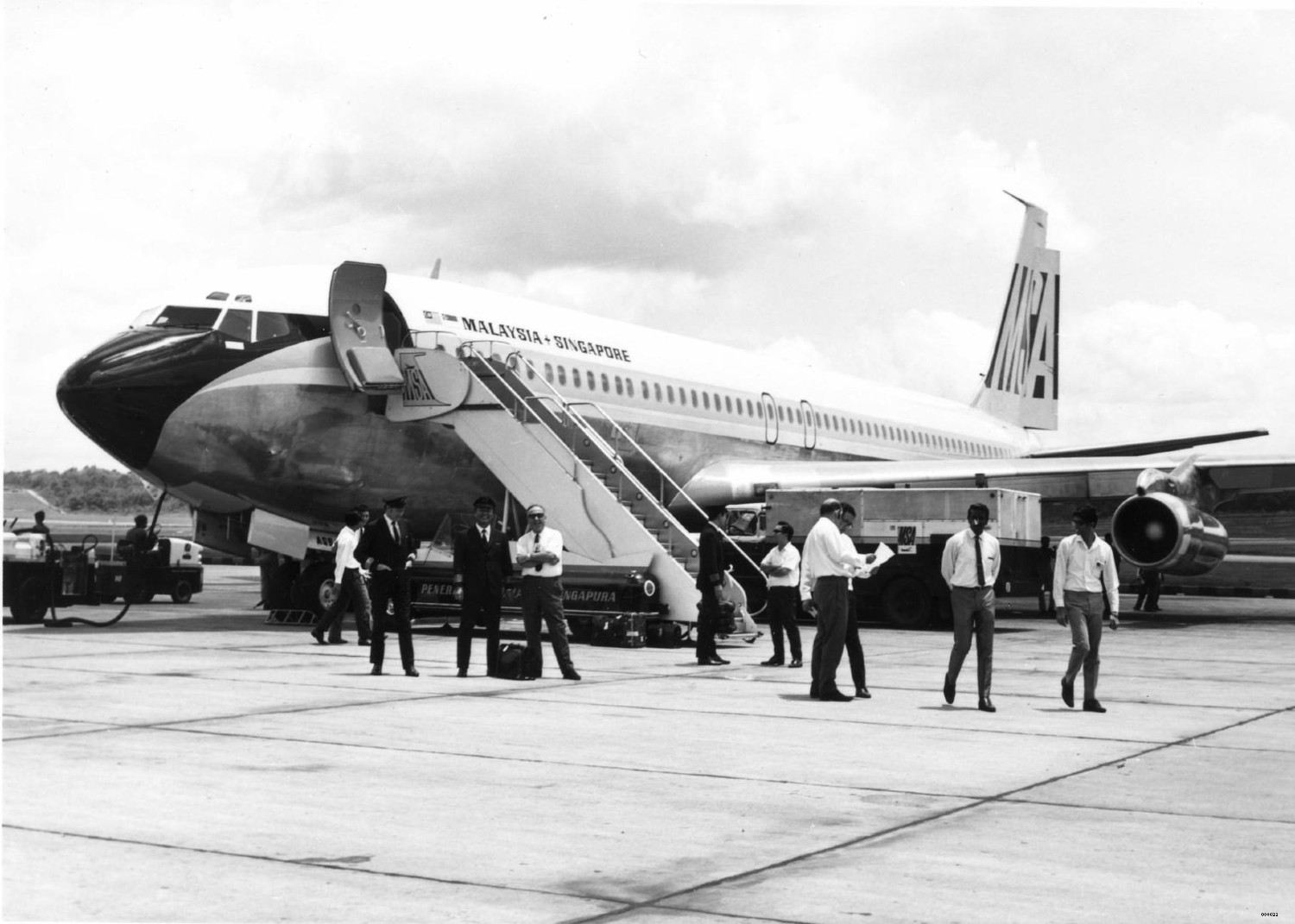 A Look at Singapore Airlines' Milestones