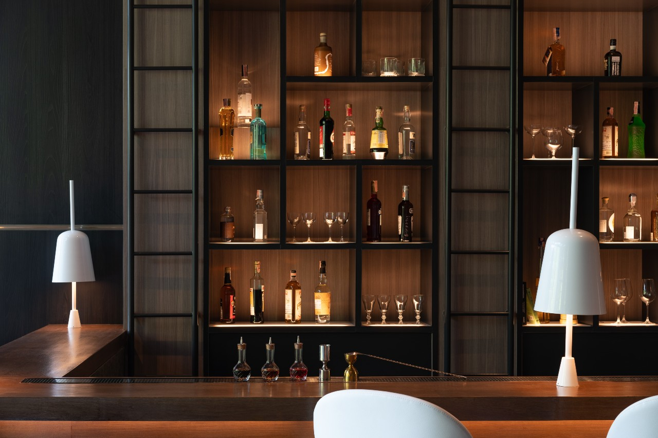 Top 8 Recommended World Hotels In 2021: Kimpton Maa-Lai Bangkok, Thailand
