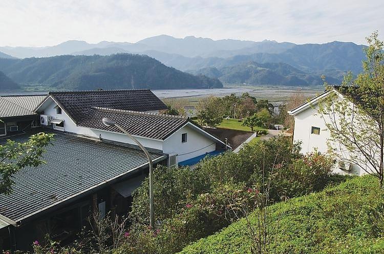 Feng Chun Villa 逢春园度假别墅