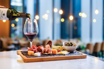 Mercure Singapore on Stevens-Winestone Express Platter