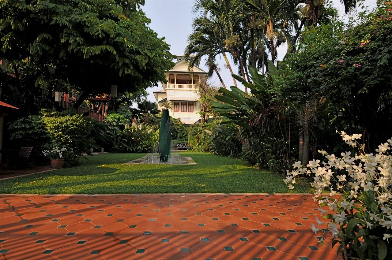 Chakrabongse Villas, Bangkok:A Tranquil Haven