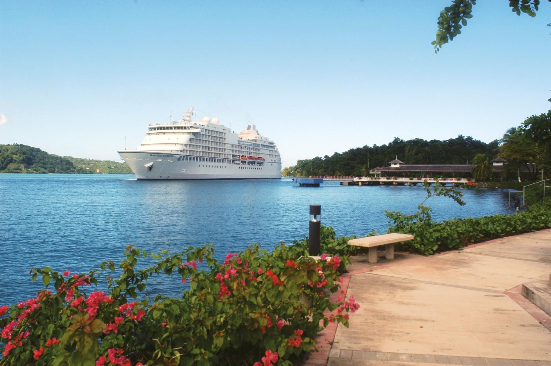 Seven Sea Navigator at Caribbean