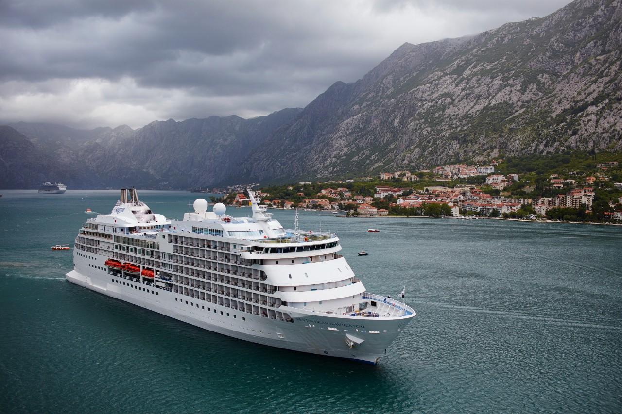 Seven Sea Navigator at Montenegro