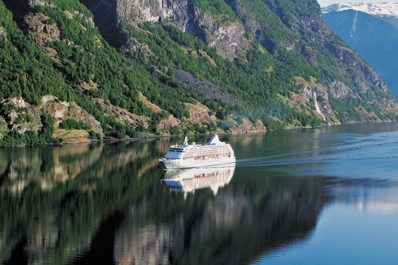 Regent Seven Seas Cruises: Elevating Luxurious Travelling Experience